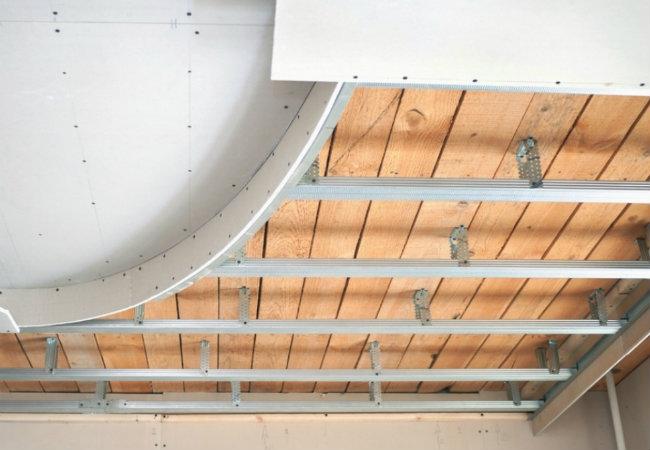 этапы установки потолка