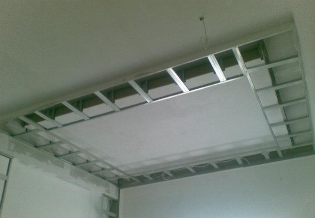 монтаж короба для потолка