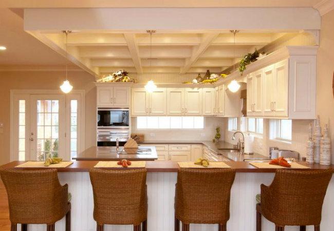 Монтаж потолка на кухне