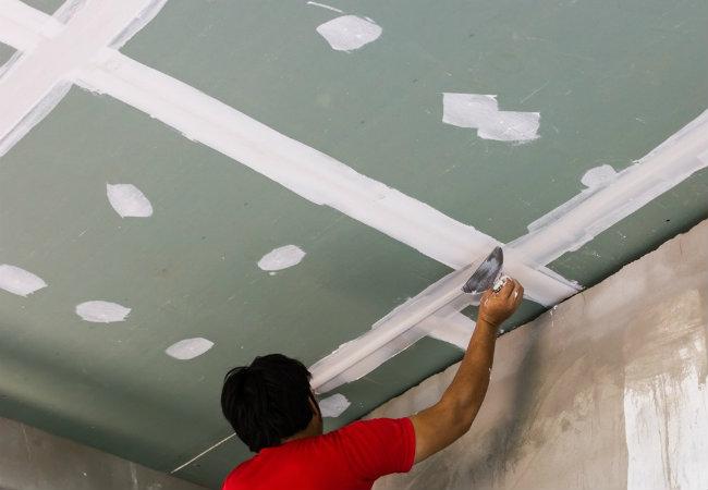 выравнивание потолка гипсокартоном без каркаса