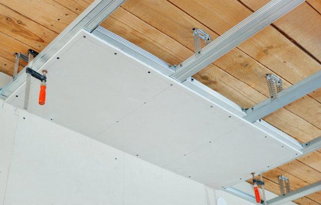 установка потолка из гипсокартона