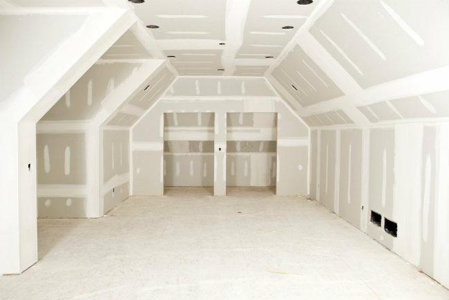 обшивка гипсокартоном мансардного этажа